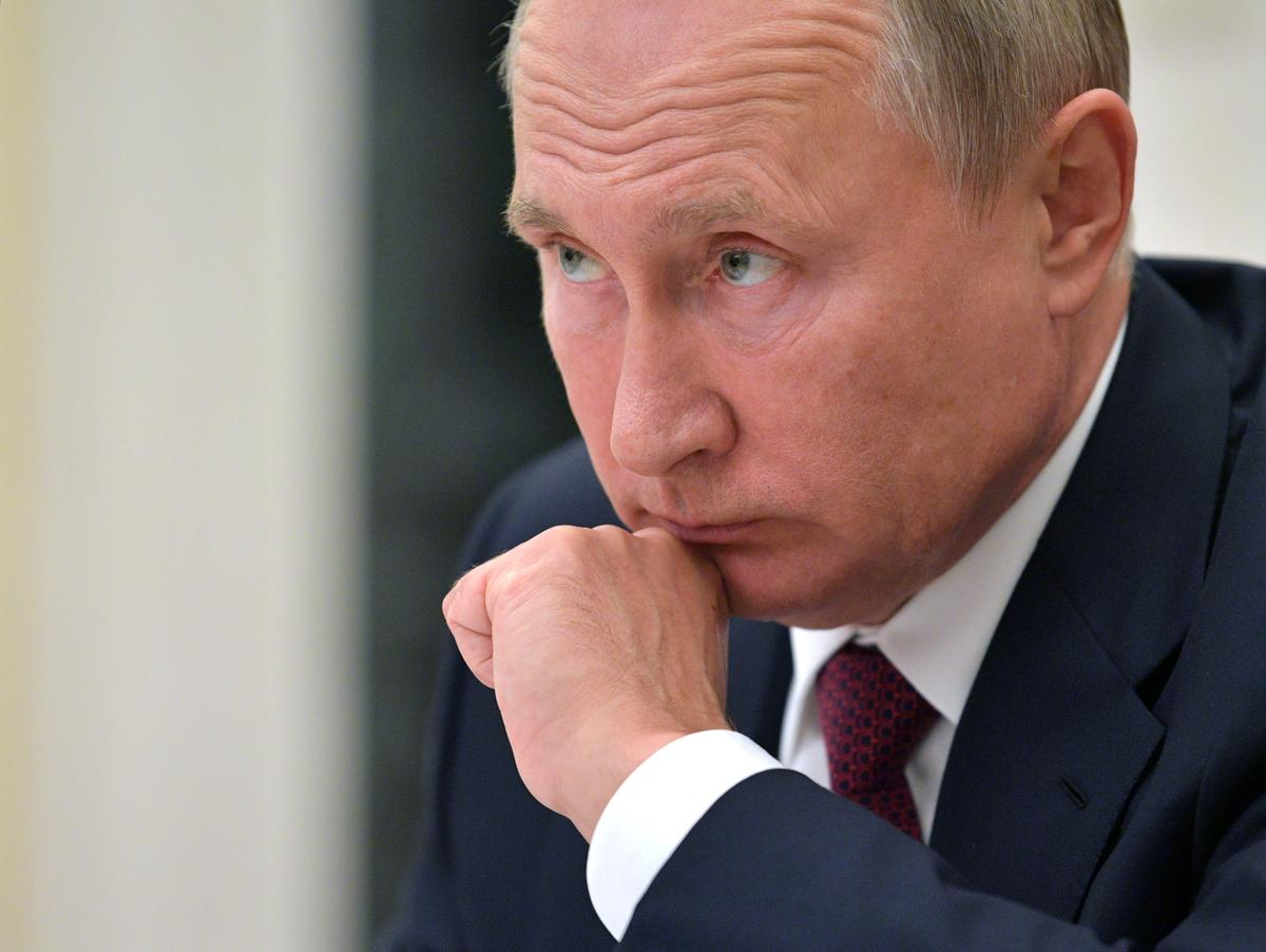 Rusland se Poetin, Iran se Rouhani om kernooreenkoms te bespreek