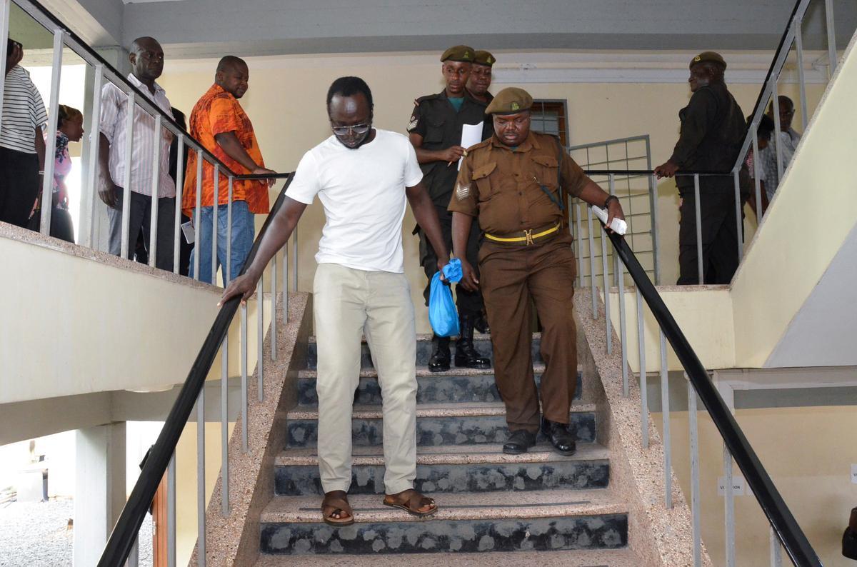 Prokureur vir die Tanzaniese joernalis doen 'n beroep op president om kwytskelding