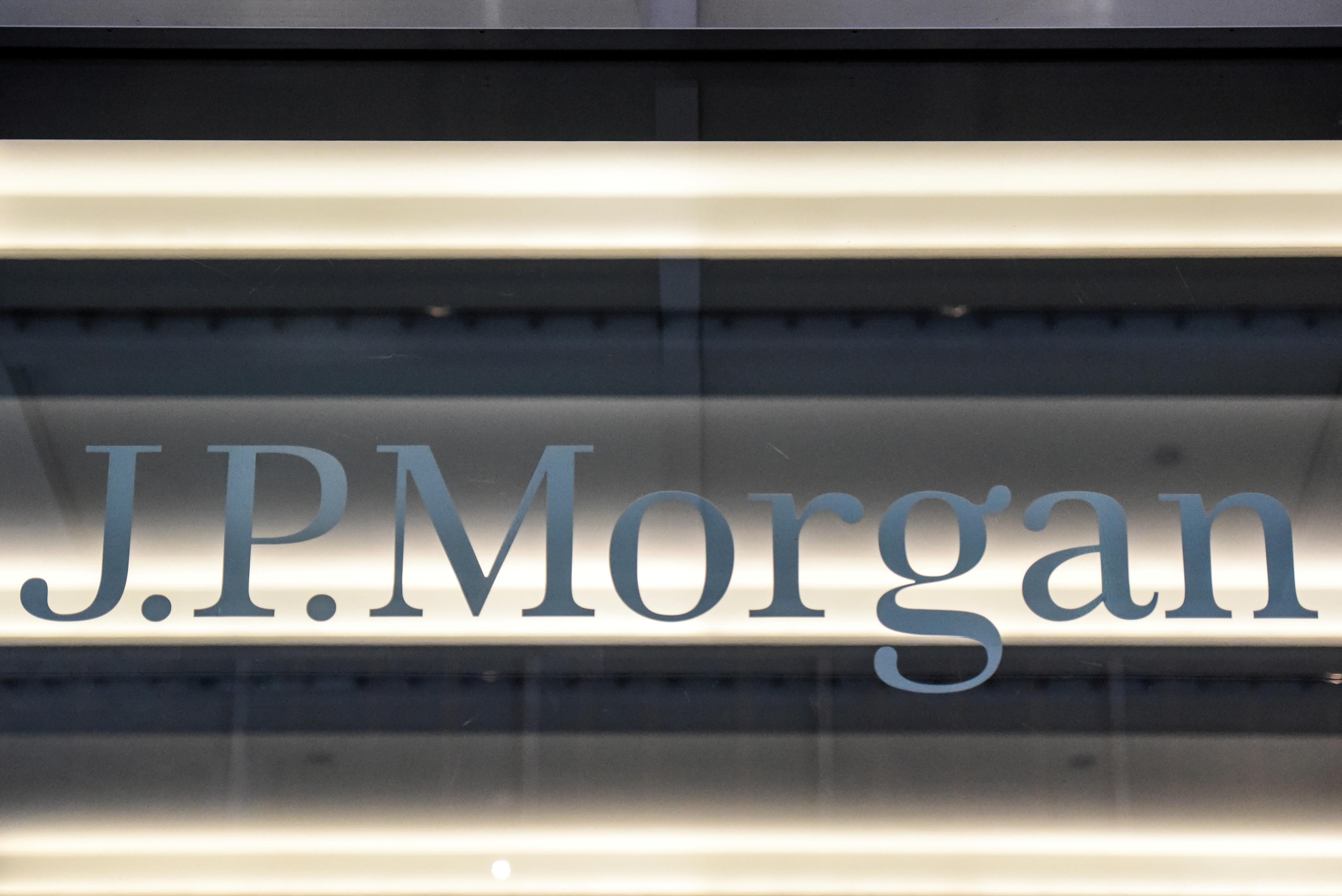 Too big to lend? JPMorgan cash hit Fed limits, roiling U.S. repos