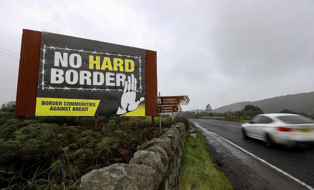 Kan Blockchain Brexit se grensraaisel oplos? Kundiges is skepties