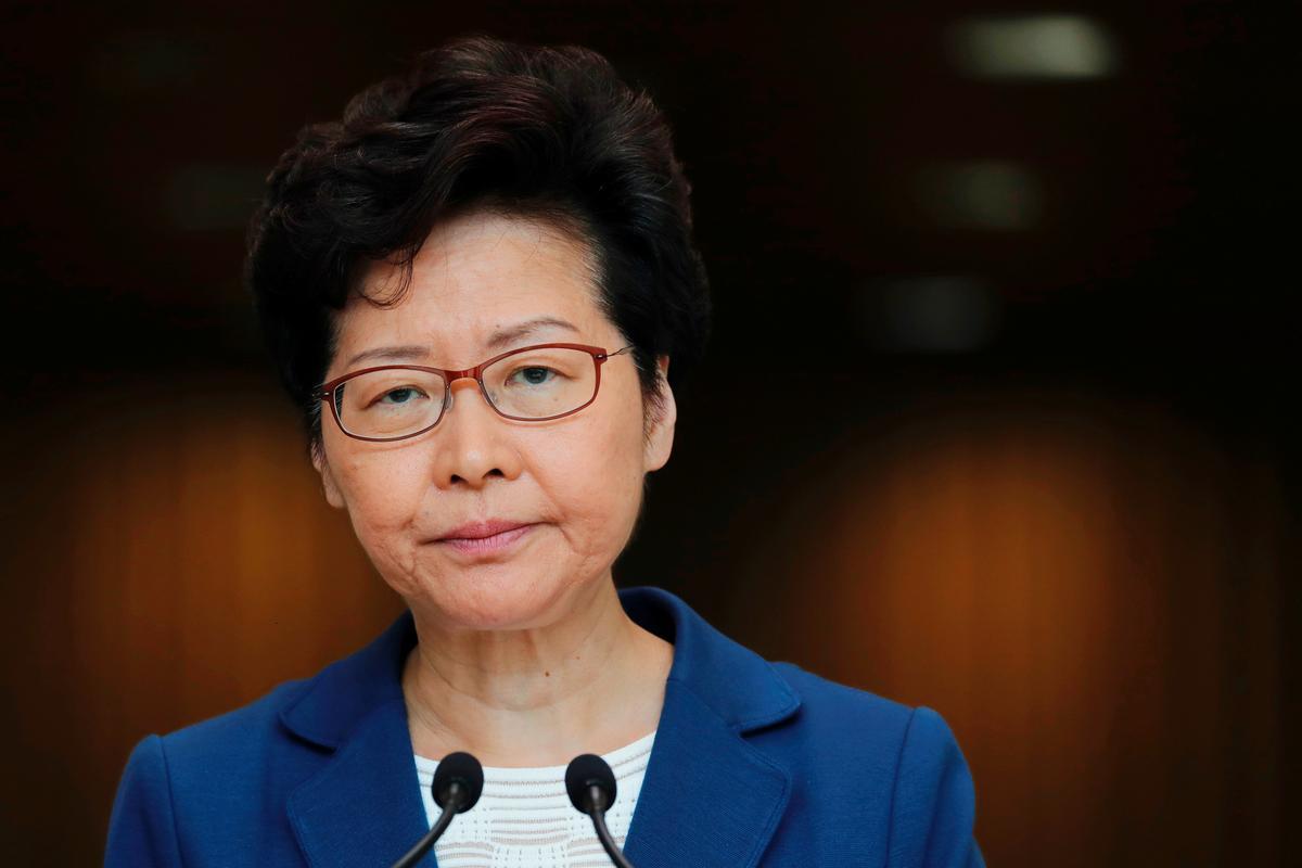 Lam, Hong-leier, sluit nie die hulp van Beijing uit nie, aangesien die ekonomie daaronder ly