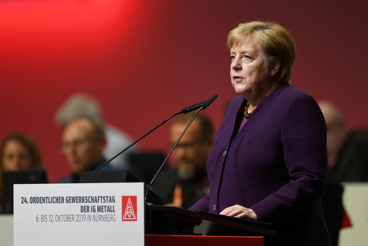 We want to minimize negative impact of Brexit if it is disorderly: Merkel