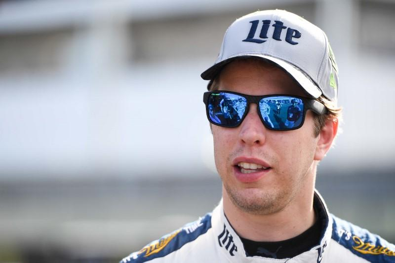 NASCAR notebook: Keselowski suffers crushing elimination at Kansas