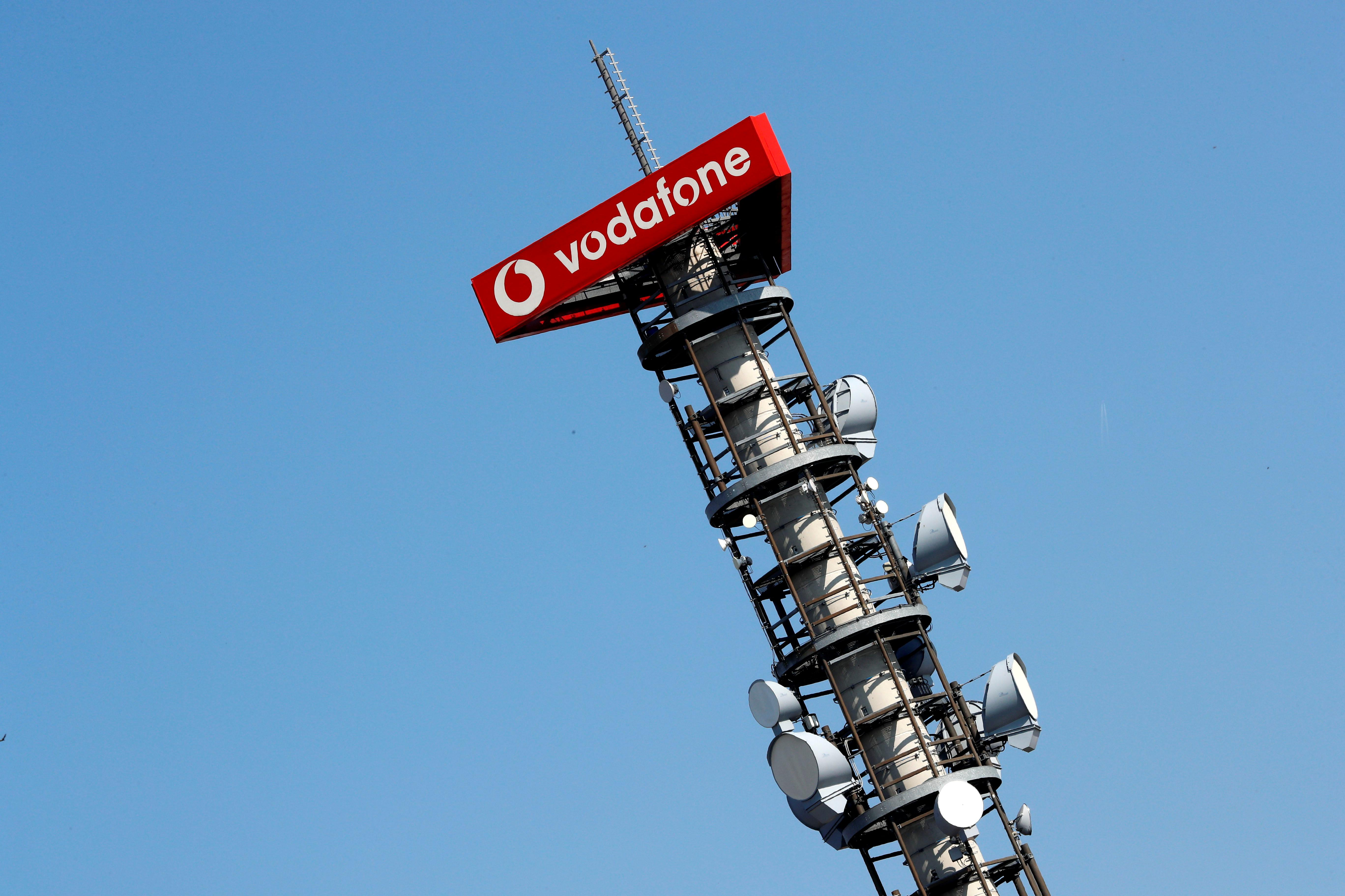 Britain's mobile operators team up to tackle rural 'not-spots'