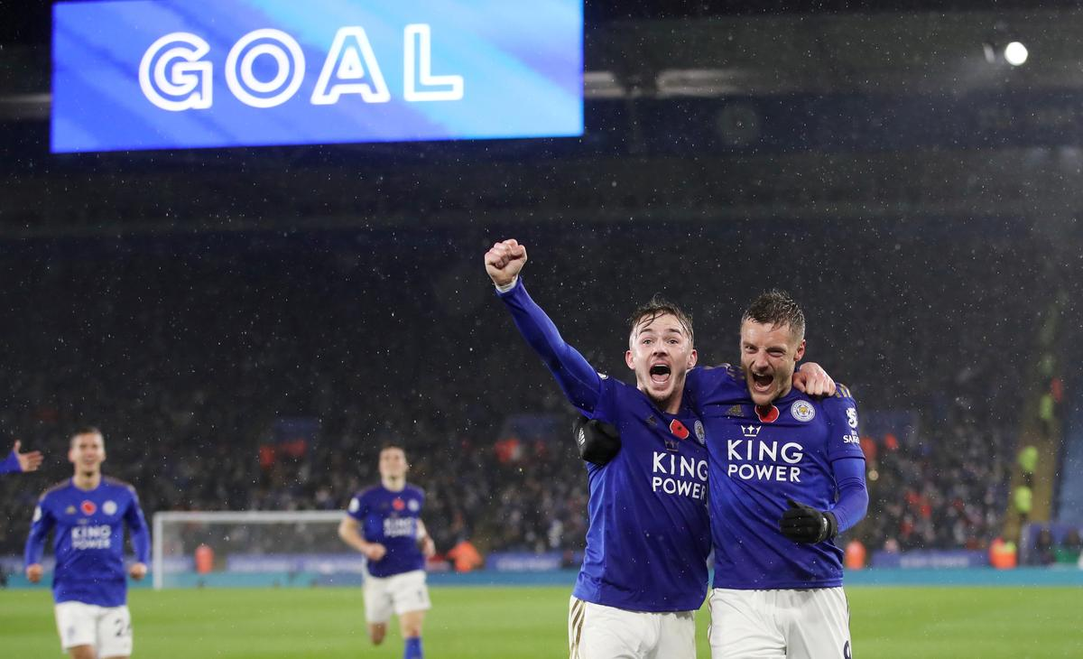 Vardy and Maddison heading within the appropriate path as Leicester sink Arsenal thumbnail