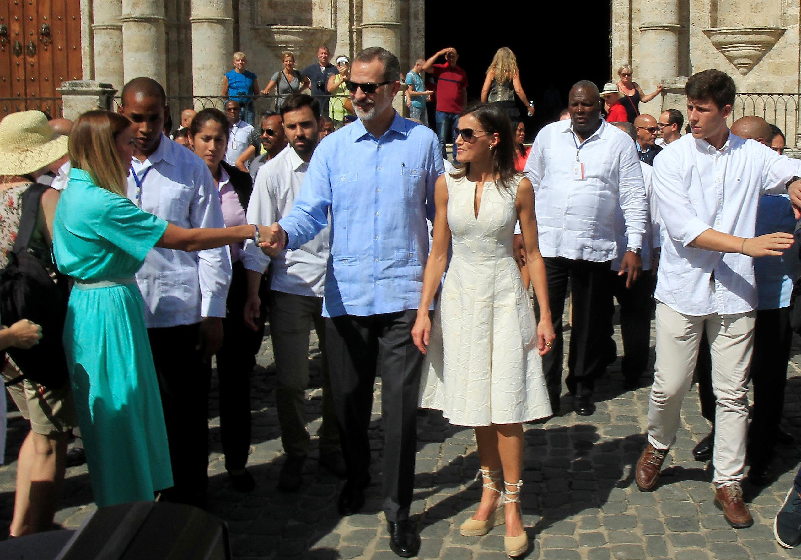 'Viva Felipe!': Communist-run Cuba welcomes Spanish king