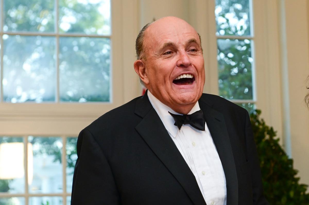 U.S. prosecutors probe Giuliani's links to Ukrainian energy...