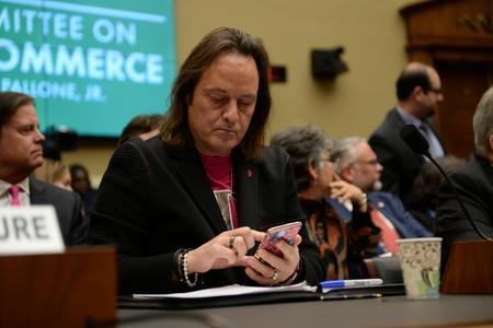 T-Mobile CEO Legere to step down next year, shares slip