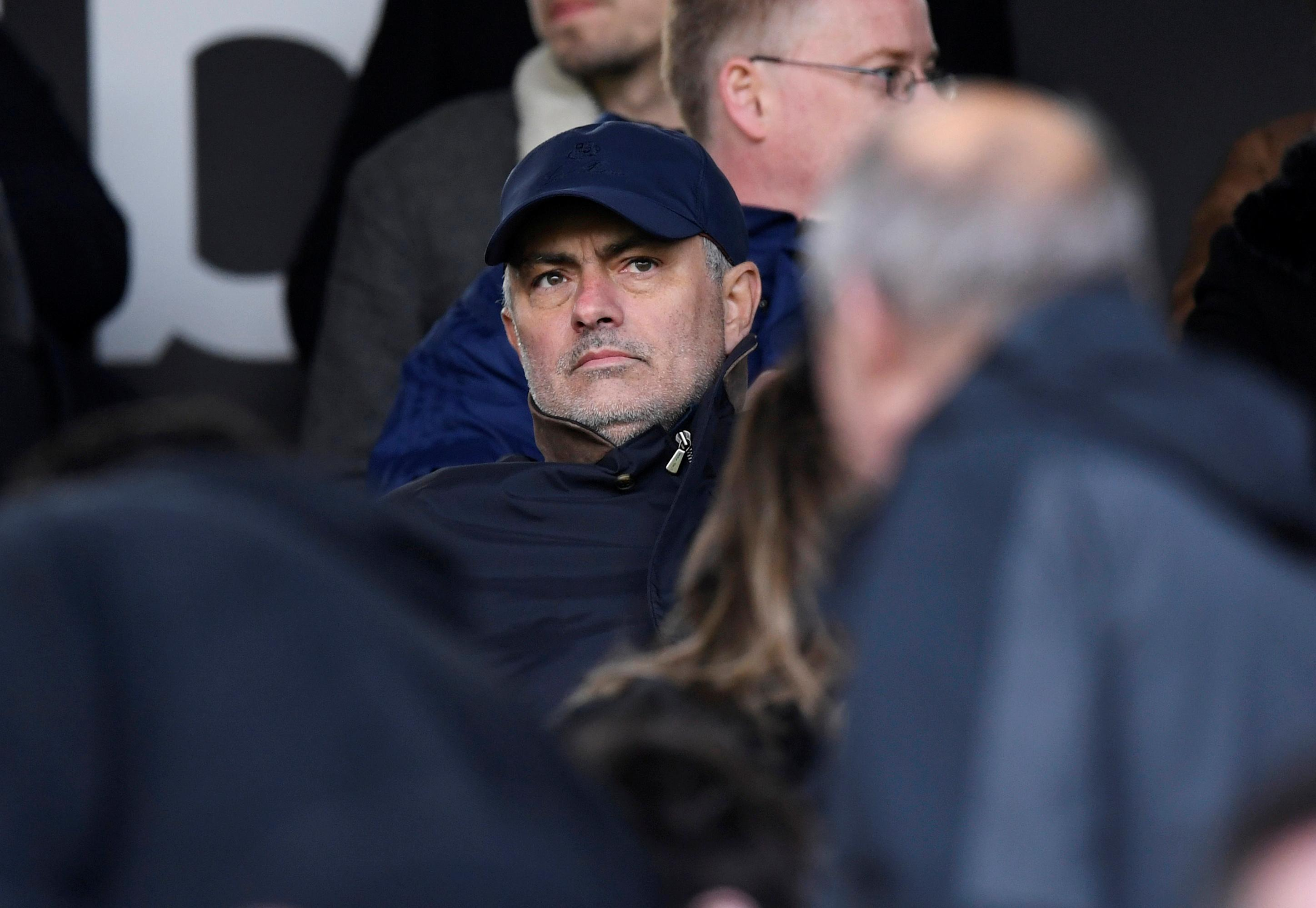 Mourinho back in Premier League with Spurs as Pochettino replacement