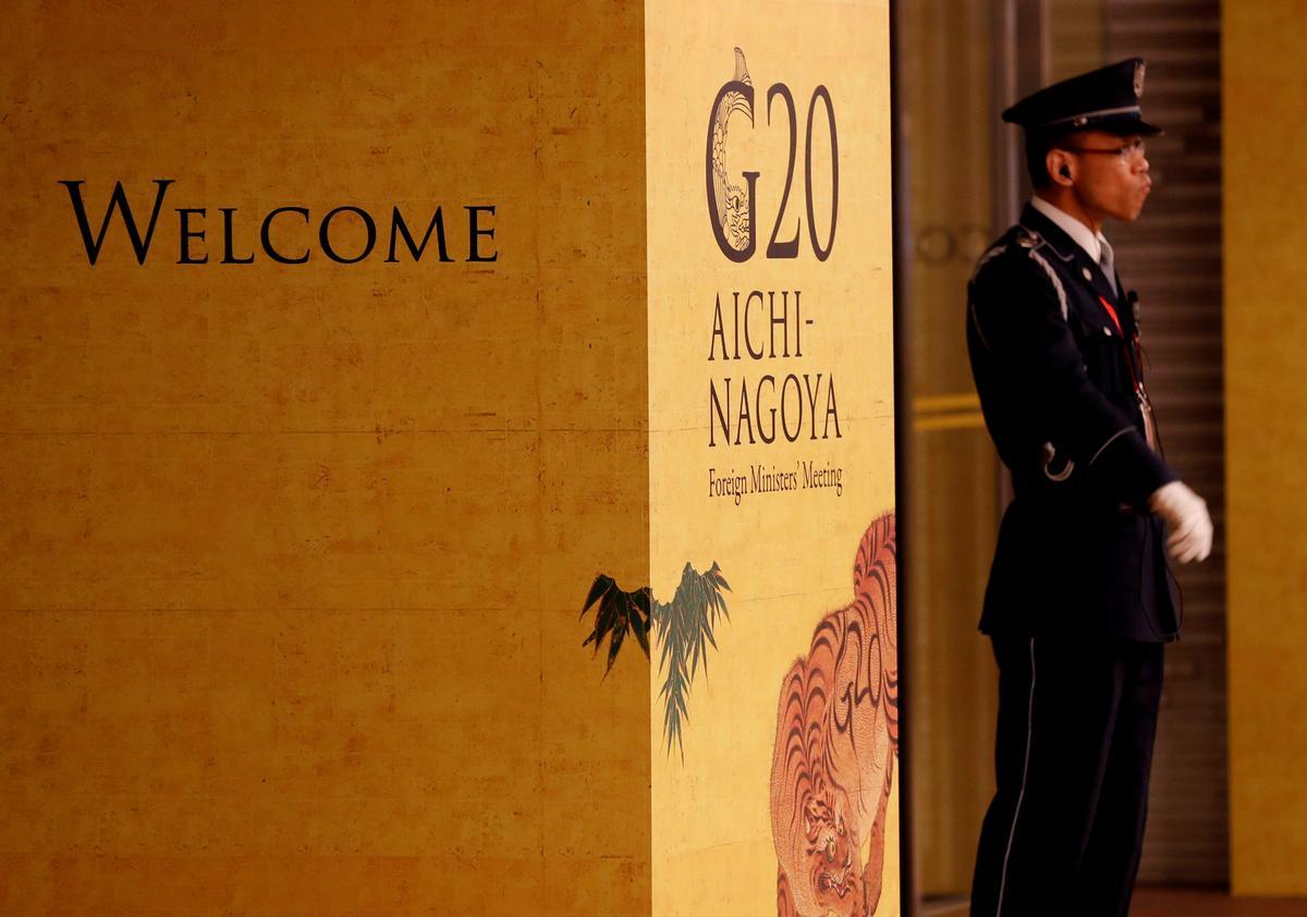 Dispute between Japan and South Korea overshadows G20 meetings