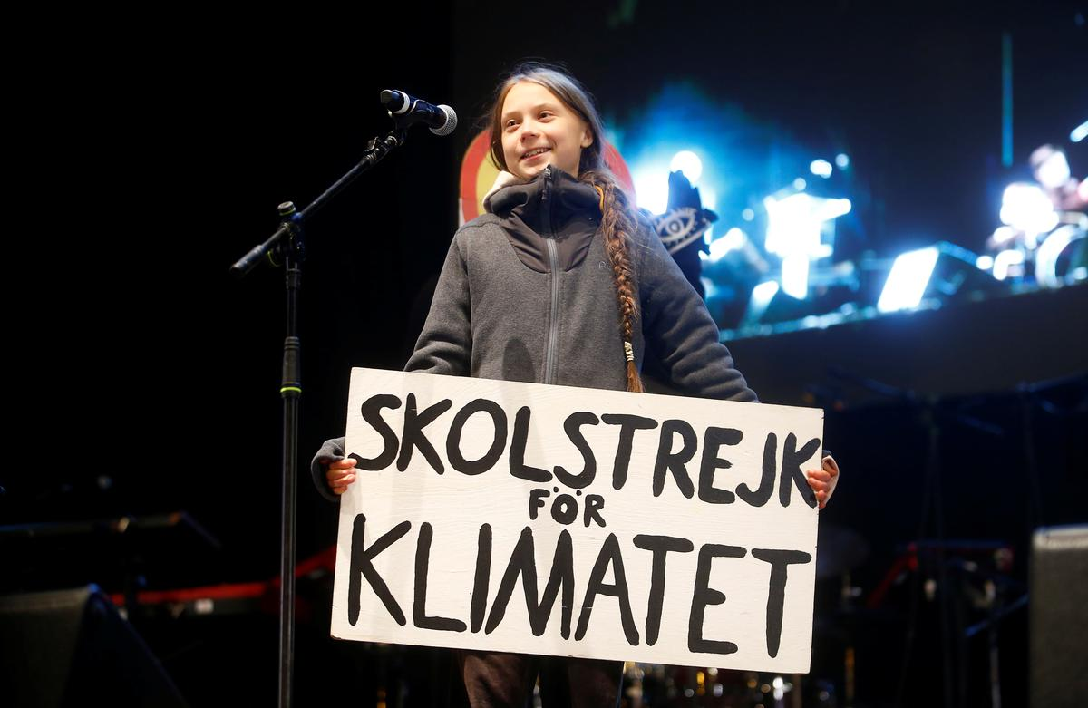 Activist Thunberg warns governments in Madrid that 'change is coming'