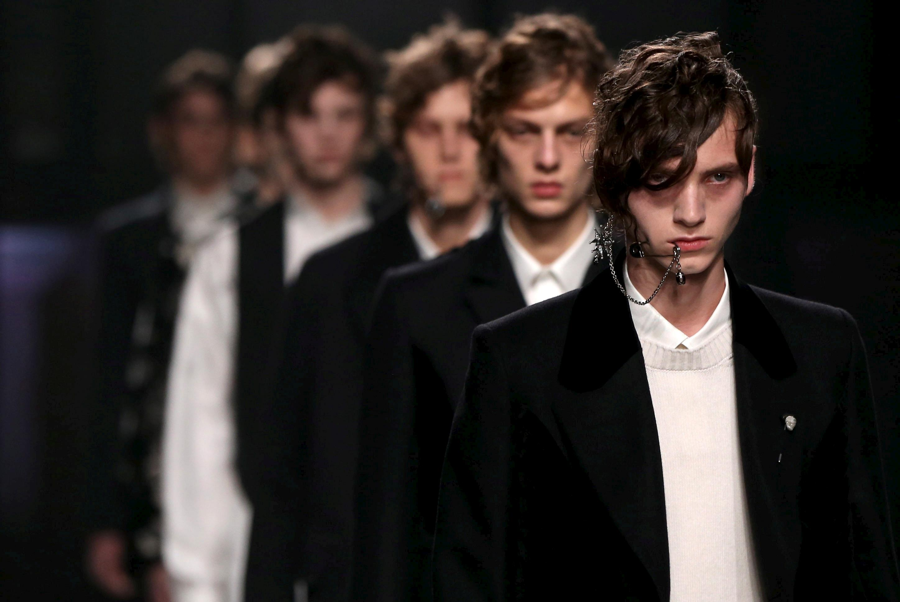 Milan and London Fashion Weeks join forces with anti-Brexit message