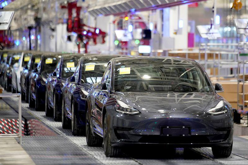 Breakingviews - Tesla valuation speeds into ludicrous mode