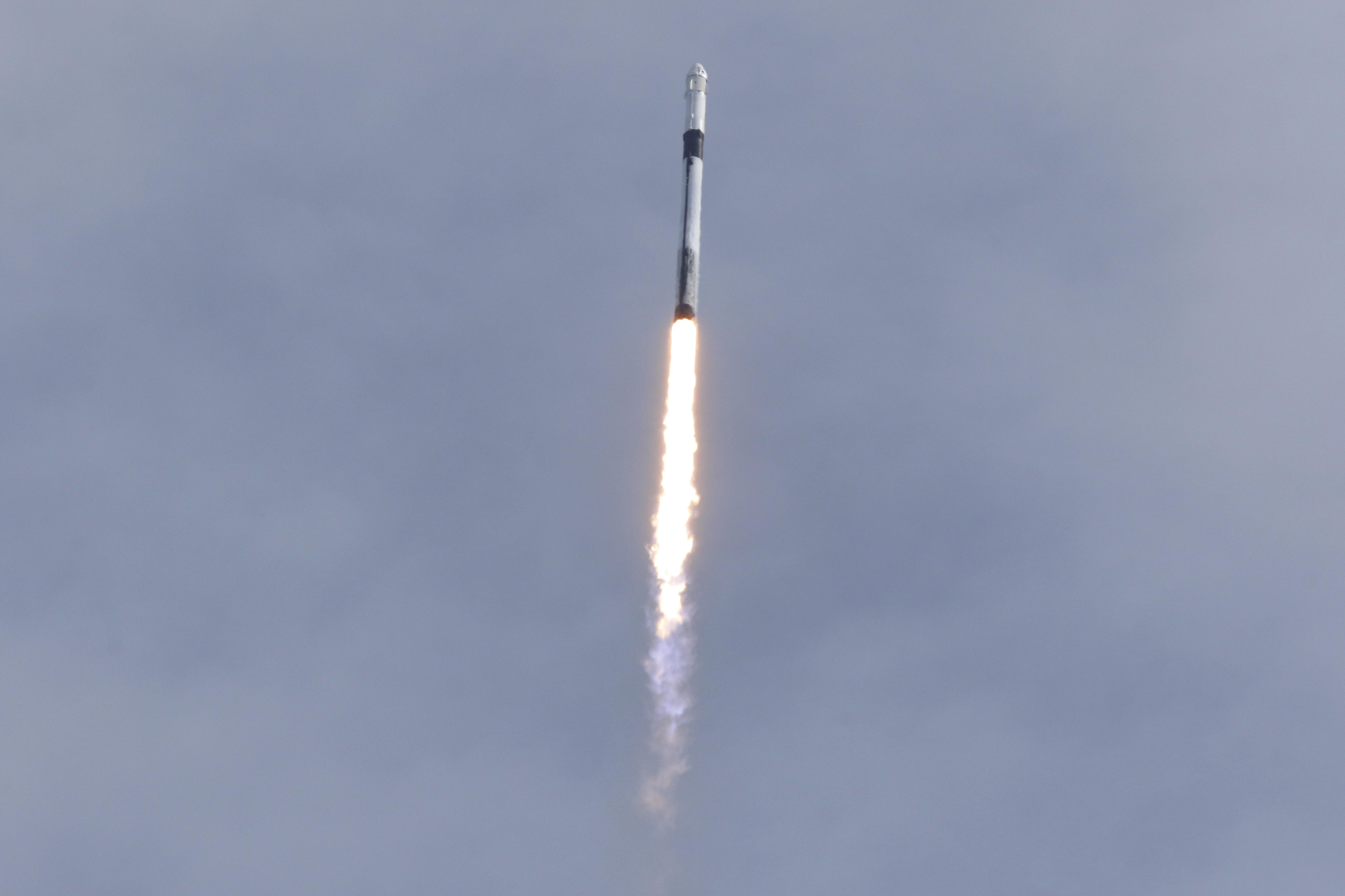 SpaceX astronaut capsule splashes down off Florida after rocket...