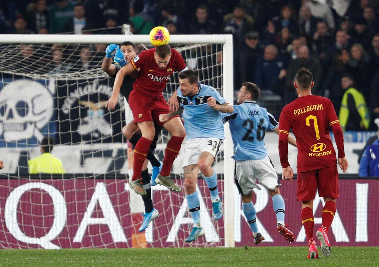 Image result for roma-lazio 2020 dzeko