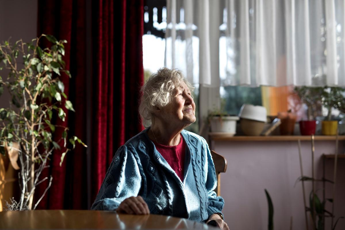Auschwitz's horrors still haunt Poles living in nearby town