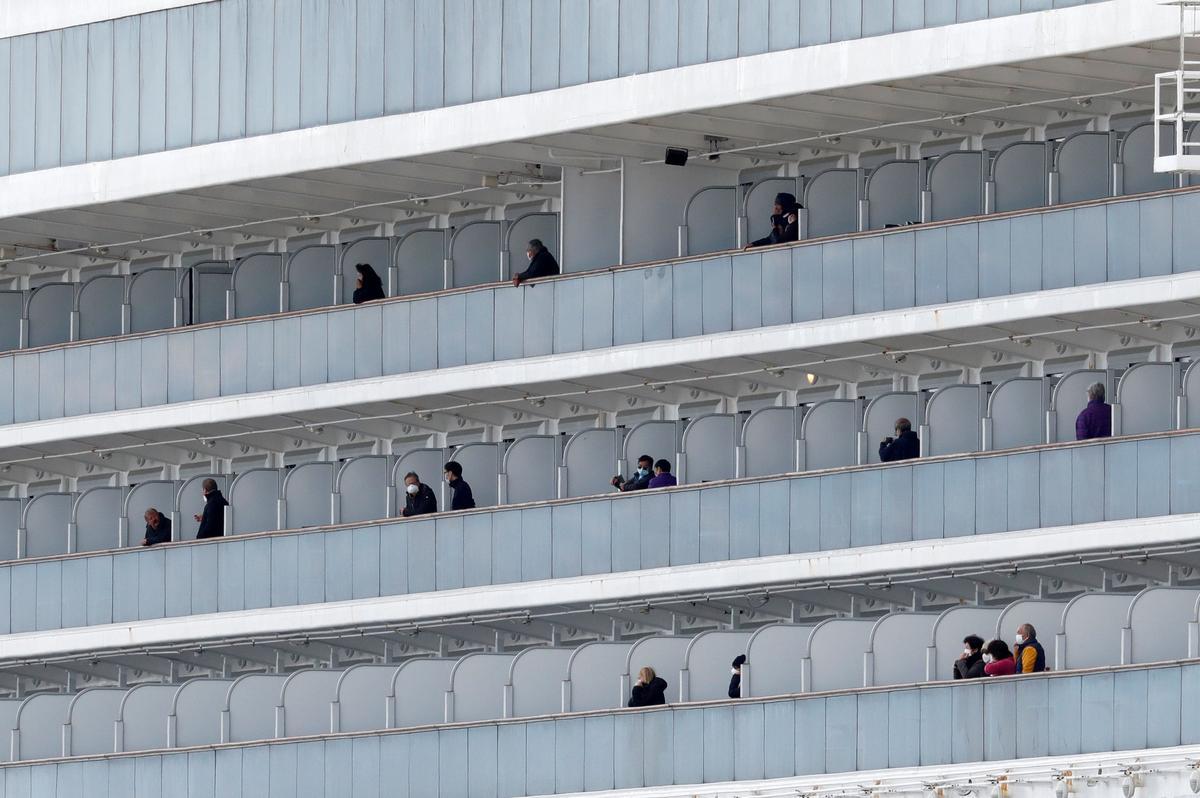 More passengers to disembark from coronavirus-hit cruise ship in Japan