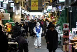 Fears grow as coronavirus outbreaks spread beyond China