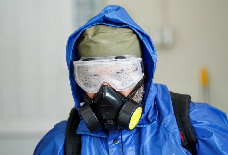 Les nations riches injectent de l'aide dans une économie en difficulté alors que les décès par coronavirus en Italie dépassent la Chine