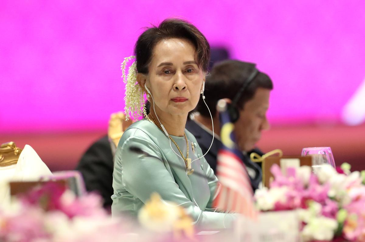 Coronavirus pushes reluctant Aung San Suu Kyi to Facebook