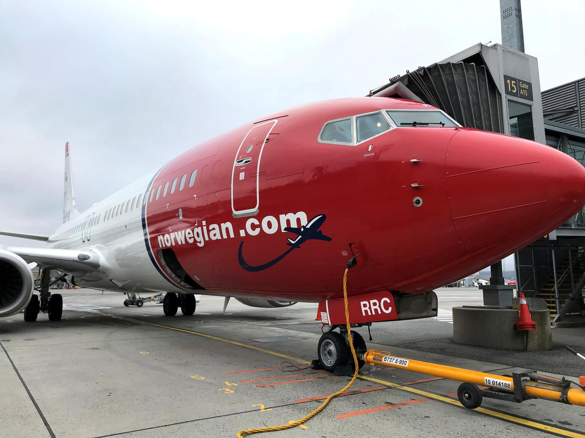 Norwegian Air's March traffic tumbles 60% amid virus lockdown