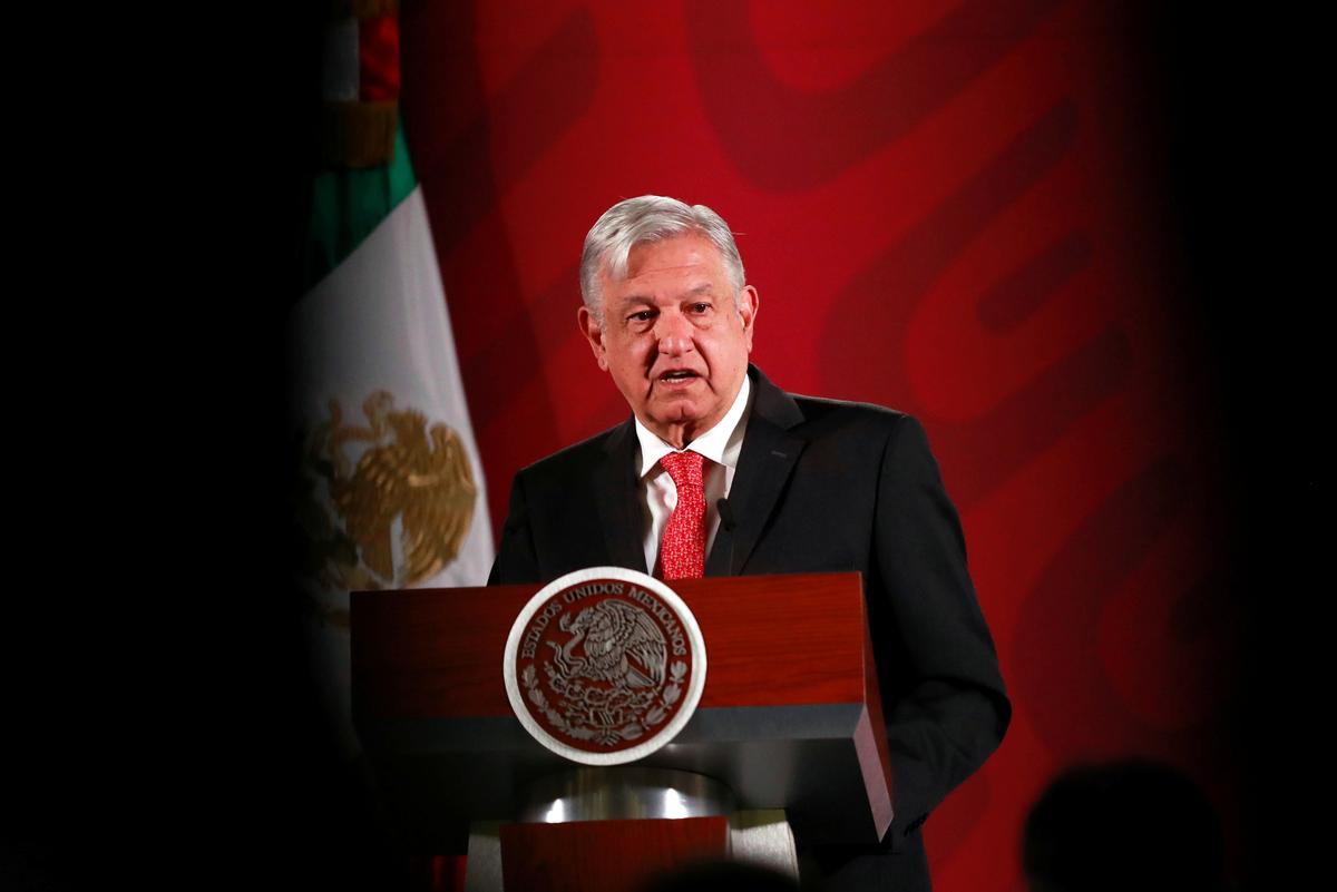 Mexico's president urges big companies to keep jobs, pay taxes
