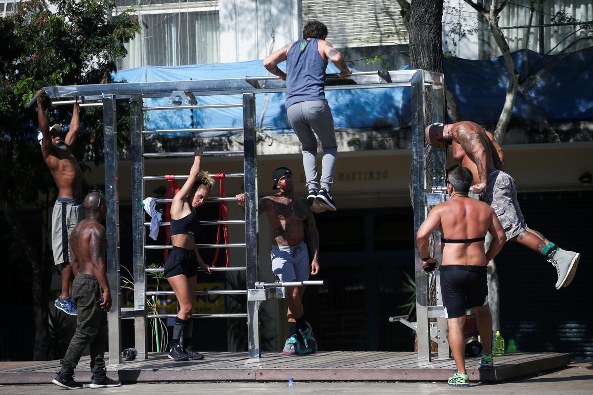 Brazil lockdowns, attacked by Bolsonaro, begin to slip
