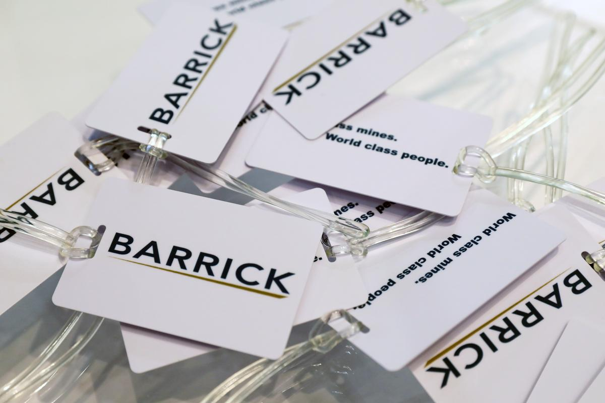 Barrick expects 8.5% drop in first-quarter gold output