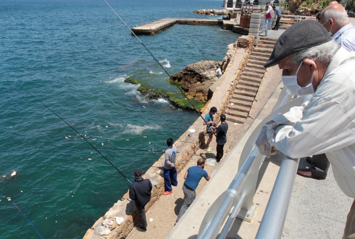 Lebanon extends virus shutdown, PM warns of second wave