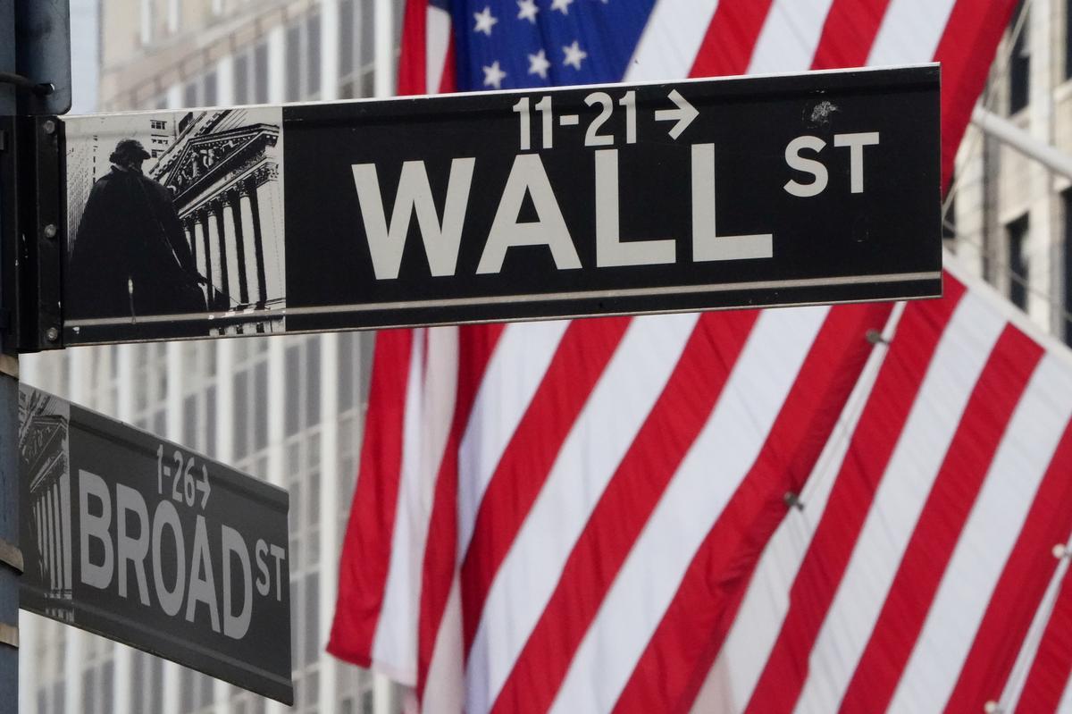 Wall Street Week Ahead: Investors prepare for more U.S. stock swings as states reopen