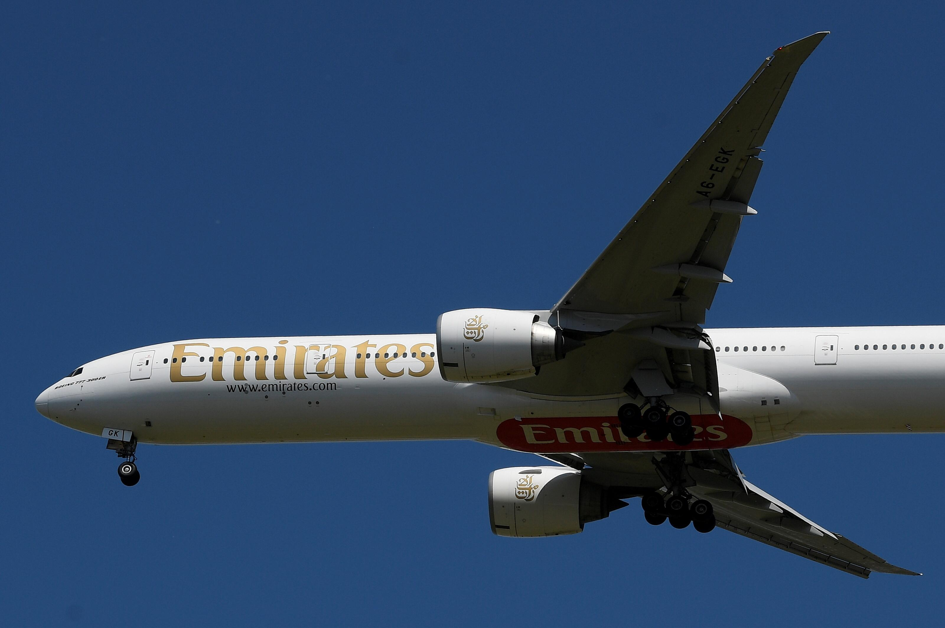 Emirates, Etihad extend temporary salary cuts to September
