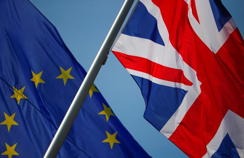 reuters.com - Huw Jones - Banks urge Britain and EU to sort out financial market access