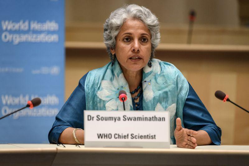 La OMS confía en que los reguladores nacionales cooperen para aprobar  rápido una vacuna de la COVID-19 - Reuters