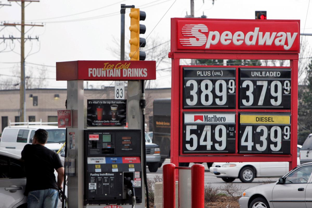 Marathon Petroleum to permanently close two U.S. oil refineries