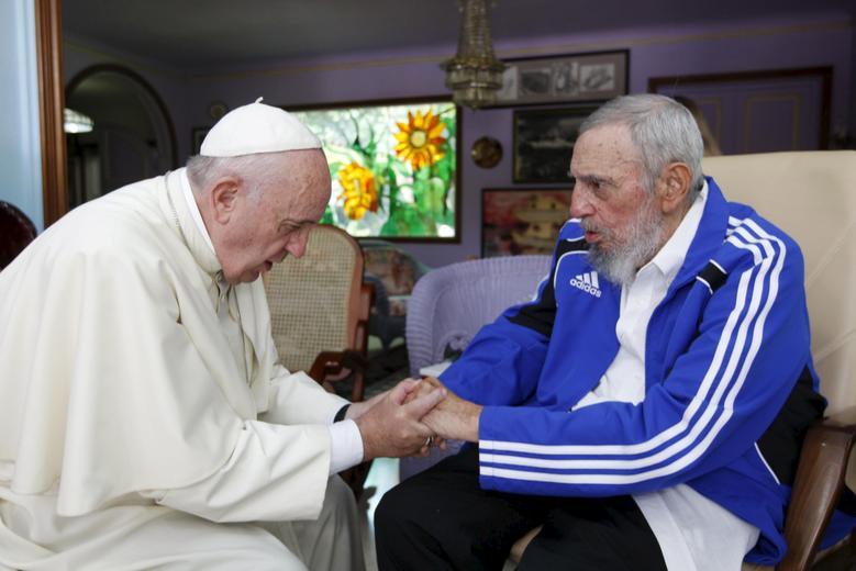 Papst Franziskus und der ehemalige kubanische Präsident Fidel Castro in Havanna, 20. September 2025. | Bildquelle: REUTERS | Bilder sind in der Regel urheberrechtlich geschützt